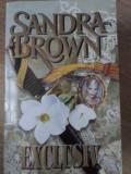 EXCLUSIV - SANDRA BROWN