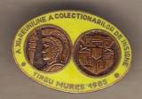 Insigna A XIa Reun. a Colect. de Insigne Tg. Mures 1985 galben
