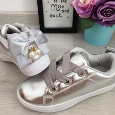 Adidasi metalici argintii cu fundita perle strasuri fete copii 31 32 34 36, Din imagine
