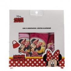 Set 3 perechi chiloti fete Minnie Mouse roz, rosii si fucsia