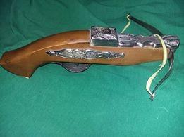 Pistol de epoca tip ARBALETA,pat lemn,Arbaleta/pistol vintage bricheta,T.GRATUIT foto