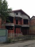 Vila la rosu in Deva, zona 0