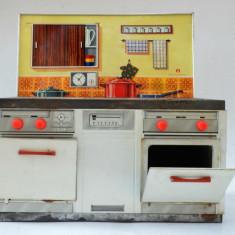Jucarie veche din tabla mobila bucatarie pentru papusi West Germany - Schopper