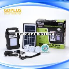 KIT SOLAR PROFESIONAL,ACUMULATOR,4 BECURI,MP3 USB,RADIO,BEC DISCO,PANOU VOLTAIC.