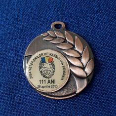 Medalie Ziua veteranilor de razboi - tema militara