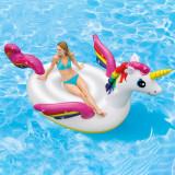 Unicorn gonflabil de mare dimensiune