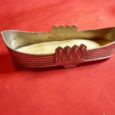 Suport Art Deco metal argintat ,marcat , L= 10,7 cm
