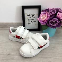 Adidasi albi roz brodati scai tenisi pantofi sport fete copii 30