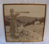Tesatura lucrata manual - femeie cantand la instrument
