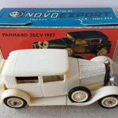 Jucarie veche colectie, masinuta plastic nr 3 Panhard 1927, Tbilisi URSS Rusia