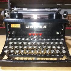 Masina veche de scris URANIA