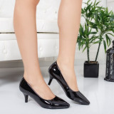 Pantofi Henas negri cu toc