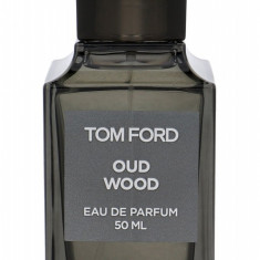 Apa de parfum TOM FORD Oud Wood U 50ML