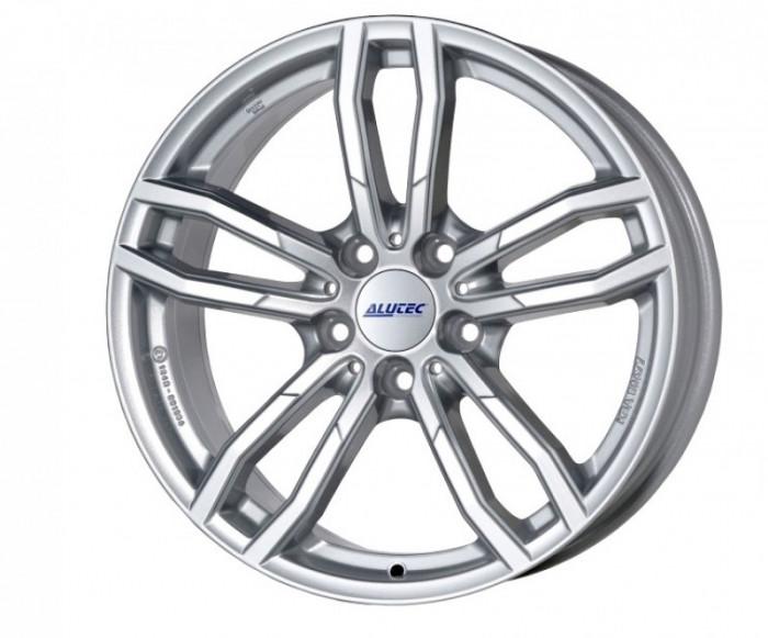 Jante BMW X4 8J x 17 Inch 5X120 et30 - Alutec Drive Polar-silber - pret / buc