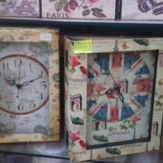 Ceas vintage model carte sau tablou