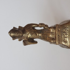 Statuie din bronz egipteana