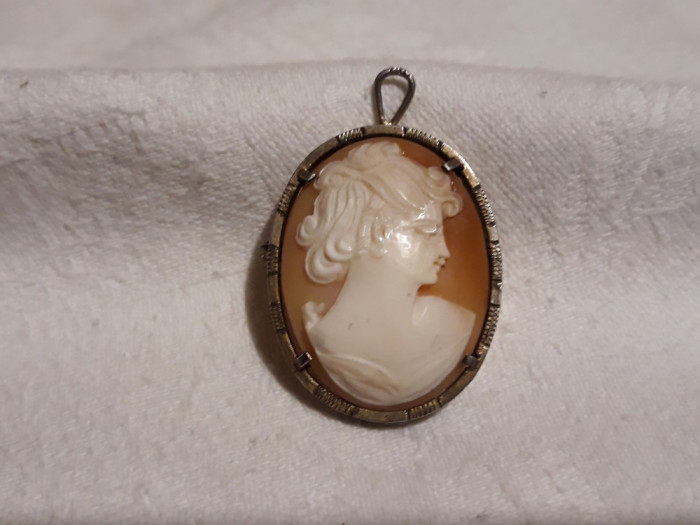 BROSA si MEDALION cu CAMEE splendida VECHE de efect AUSTRIA 1900 splendida