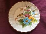 Farfurie veche din ceramica cu marcaj Bassano Italy /  model deosebit cu flori !