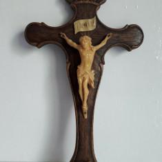 Crucifix Vechi Din Lemn
