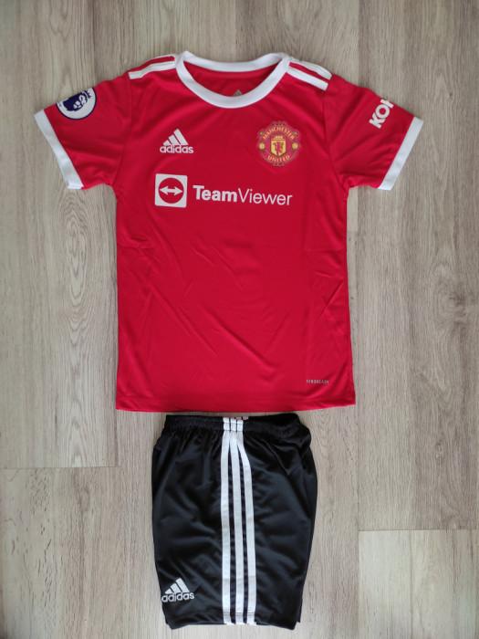 Echipament Ronaldo Manchester United- copii 5-14 ani MODEL 2021