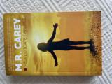 M.R. Carey - Fata cu toate darurile