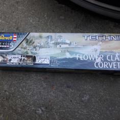 Macheta Revell Technik flower class corvette nou