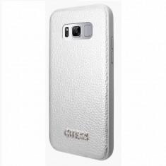 Husa Guess Iridescent Elegant pentru Samsung Galaxy S8 G950 silver