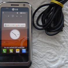 Telefon mobil LG KM900