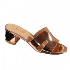 PDS102-1511 Papuci aurii cu toc gros