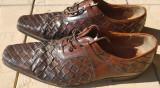 Pantofi Magnanni marimea 41 jumate, folositi dar ca noi, fara defecte, Piele naturala, Eleganti
