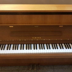 Pianina Yamaha