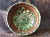 Arta si Traditie - Veche farfurie de Glogova realizata si decorata manual !