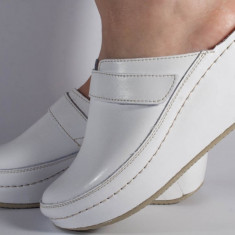Saboti/Papuci MUBB albi neperforati din piele naturala (cod 6664), 35, 39 - 42