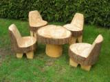 Set masa cu picior si patru fotolii cu spatar din busteni, 70/80 x 70 cm , 50/60 x 100 cm, pentru exterior