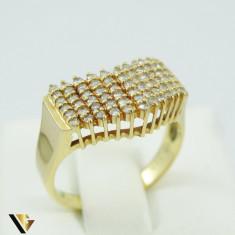 Inel cu diamante de cca. 0.66 ct, din aur 18k, 4.50 grame