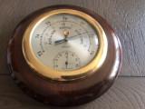 Barometru cu termometru ,sferic francez,din lemn