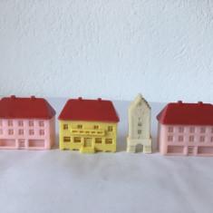 lot 4 casute miniatura, plastic, vintage, decor, detalii frumoase