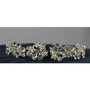 Coronita argintie cu pietre si flori