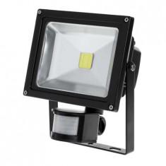 REFLECTOR LED 20W CU SENZOR MISCARE 3000K EuroGoods Quality