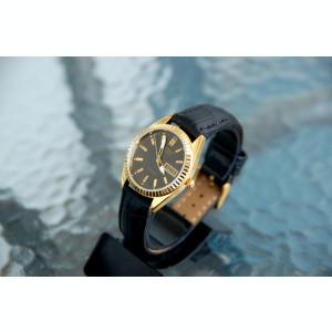 Ceas Citizen automatic,auriu,cadran negru - barbatesc