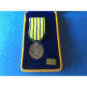 Semnul Onorific in Serviciul Armatei - 20 ani - Ofiteri