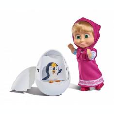 Papusa Masha cu pinguin