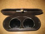 A104-Ochelari vechi metal in cutie marca Kriewitz stare foarte buna.