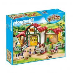 Ferma calutilor - Playmobil