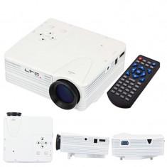 Mini Videoproiector LED, 640 x 480, 80 lm, distanta proiectie 4 m, telecomanda