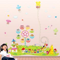Sticker decorare camere copii Masurator de inaltime Parcul de distractii