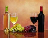 Vin rosu si alb natural ( Merlot & Feteasca Regala)