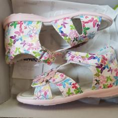 Sandale copii, fetite, Primigi, absolut noi