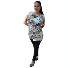 Bluza Lucia, cu imprimeu nature, pe fond alb
