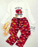 Pijama dama bumbac lungacu pantaloni lungi rosii si bluza cu maneca lunga alba cu imprimeu CM